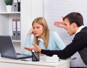 cosas no decir jefe 300x235 - Nine Ways You May Be Sabotaging Your Relationship With Your Boss