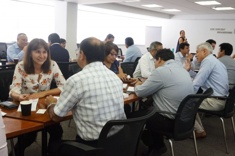 DSC03345 753x501 - Speed Networking - Enero 2019